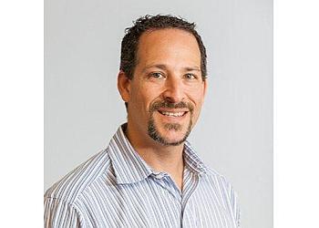 Chula Vista chiropractor Dr. Robert Weinzimer, DC