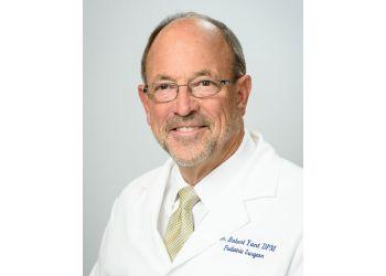 Jacksonville podiatrist Dr. Robert Yant, DPM
