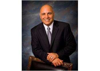Milwaukee cosmetic dentist Dr. Roberto Monteagudo, DDS