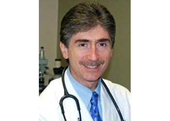 Providence endocrinologist Dr. Roberto Ortiz, MD