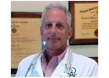 Port St Lucie podiatrist Dr. Russell M Blatstein, DPM