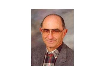 Fullerton endocrinologist Dr. STEVEN E. SALTMAN, MD