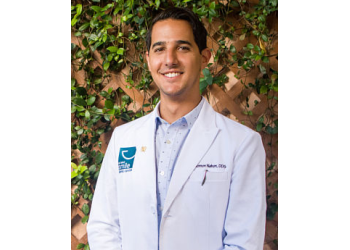 Miami dentist Dr. Salomon Nahon, DDS