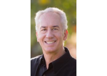 Lakewood cosmetic dentist Dr. Scott Greenhalgh, DDS