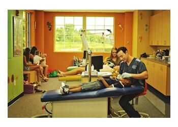 Charlotte kids dentist Dr. Scott L. Weinstein, DDS