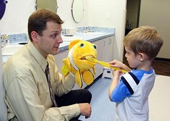 Kansas City kids dentist Dr. Scott Thomas, DDS