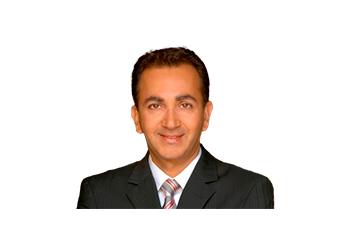 Las Vegas cosmetic dentist Dr. Sharam Ghodsi, DDS