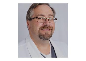 Montgomery dentist Dr. Shawn Keahey, DDS