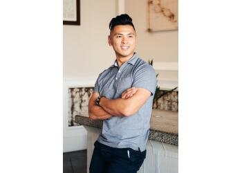 Fullerton chiropractor Dr. Simon Kuang, DC