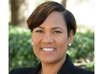 Orlando dentist Dr. Sonia Simmonds, DDS