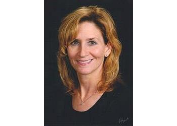 Springfield dentist Dr. Stacie Adonis, DDS