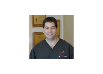 El Paso pediatric optometrist Dr. Stephen A. Applebaum, OD