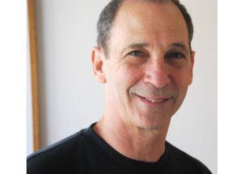 Berkeley chiropractor Dr. Steven Bretow, DC