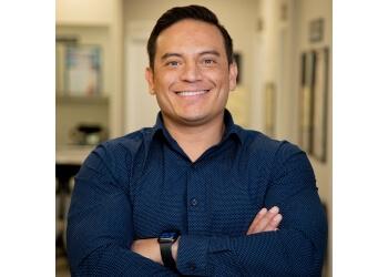 Tempe chiropractor Dr. Steven Enriquez, DC - Global Chiropractic