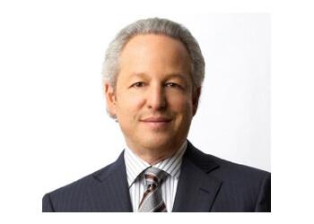 Grand Rapids plastic surgeon Dr. Steven L. Ringler, MD, FACS