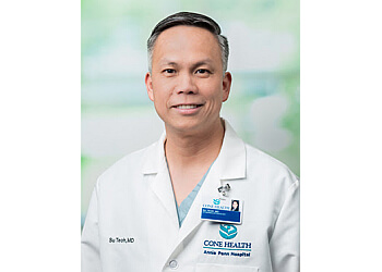Greensboro ent doctor Su Wooi Teoh, MD, MS, FACS
