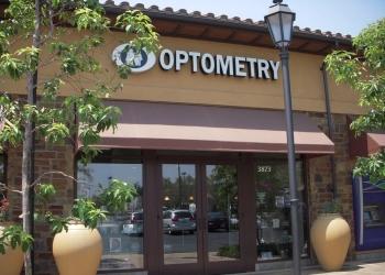 Irvine pediatric optometrist Dr. Susan Kim Lee, OD