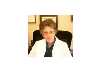 Modesto gynecologist Dr. Susan Podolsky, MD
