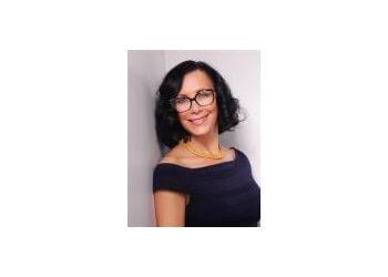 Dr. Susanne Fix, MD