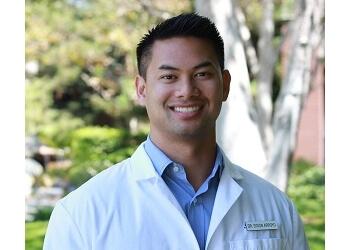 Torrance cosmetic dentist Dr. Sydon Arroyo, DDS