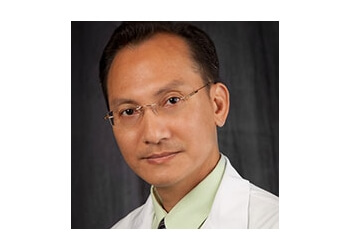 Cape Coral eye doctor Dr. Tan-Long Pham, OD, MS