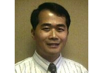 Costa Mesa neurologist Dr. Thanh Le, MD