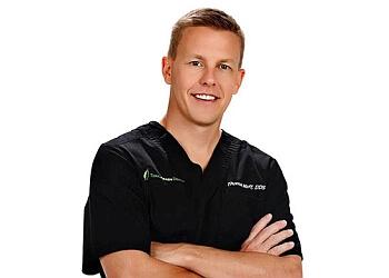 Springfield cosmetic dentist Dr. Thomas F. Hoff, DDS