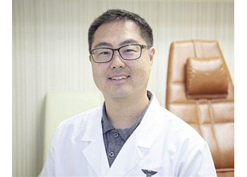 Los Angeles podiatrist Dr. Thomas Lim, DPM