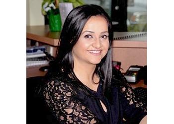 Jacksonville chiropractor Dr. Thuraia Owais, DC