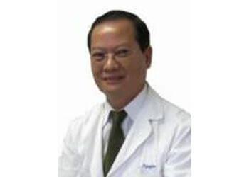 Oxnard podiatrist Dr. Tim Nguyen, DPM
