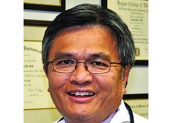 McAllen neurologist Dr. Tommy Yee, MD