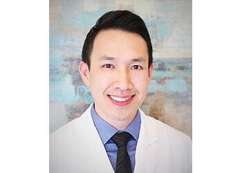 Frisco chiropractor Dr. Van Le, DC