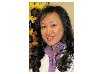 Henderson eye doctor Dr. Van Tran, OD