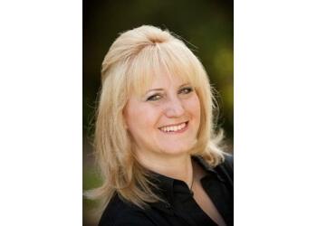 Pasadena orthodontist Dr. Vickie Greenberg, DDS