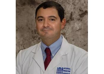 Cape Coral endocrinologist Dr. Victor Luna, MD