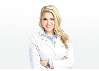 New York cosmetic dentist Dr. Victoria Veytsman, DDS