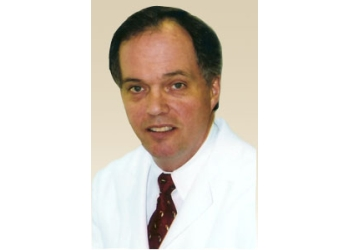 Columbus dermatologist William Paull, MD