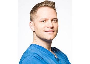 Bakersfield plastic surgeon Dr. Zach Barnes, MD
