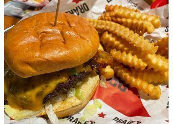 Huntsville sports bar Drake's