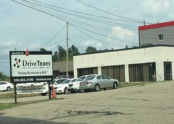 Akron driving school DriveTeam, Inc.