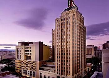 San Antonio hotel Drury Hotel