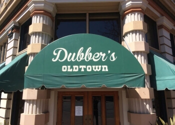 Salinas sports bar Dubber's Oldtown