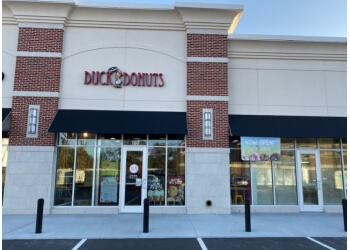 Norfolk donut shop Duck Donuts