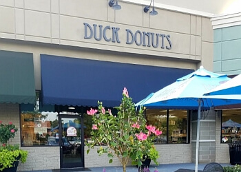 Raleigh donut shop Duck Donuts