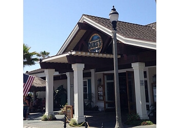 Huntington Beach seafood restaurant Duke's