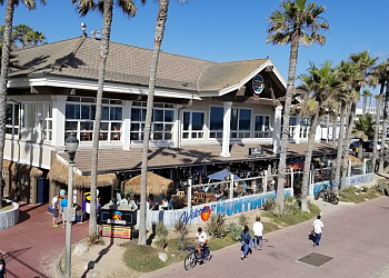 Huntington Beach seafood restaurant Duke's Huntington Beach