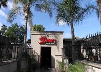 Riverside sports bar Duke's bar & grill