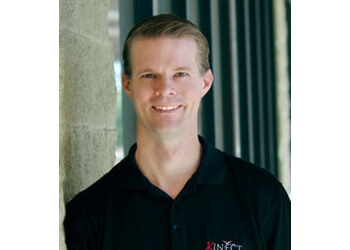 Chandler physical therapist Dustin Miller, PT