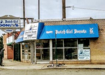 Detroit donut shop Dutch Girl Donuts