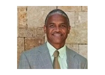 Overland Park pain management doctor Dwayne E. Jones, MD